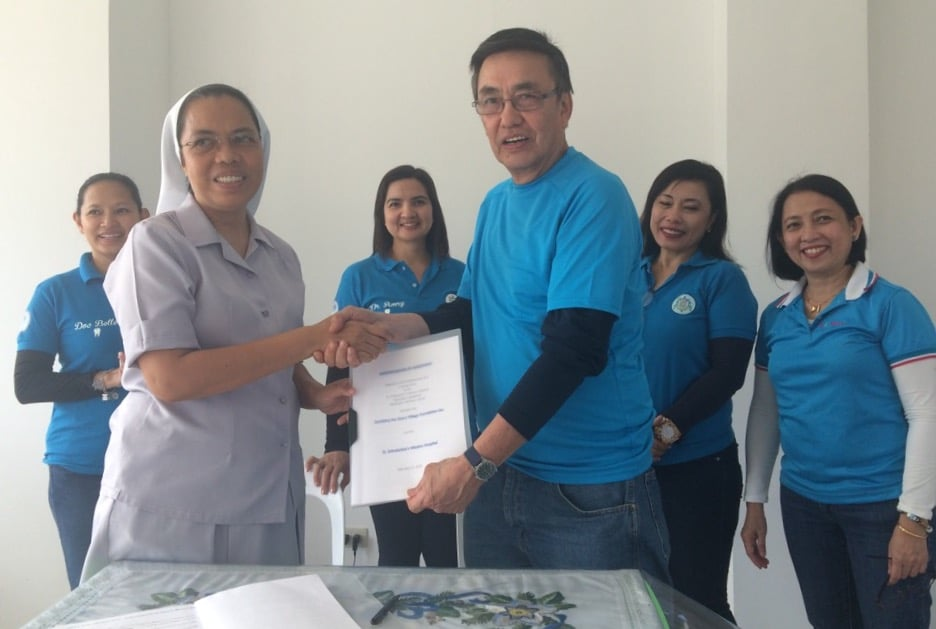 Donation of a dental clinic to the SSMH is now official